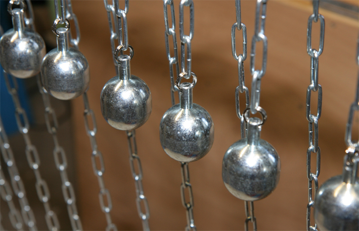 hot ball ou la boule chauffante (fabrication) pour les electriciens sur les chantiers